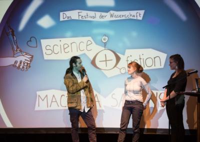 science+fiction im Flirt   © Raphael Hünerfauth